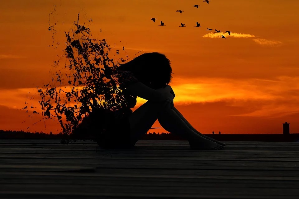 pahat tunteetvai epämiellyttävät tunteet